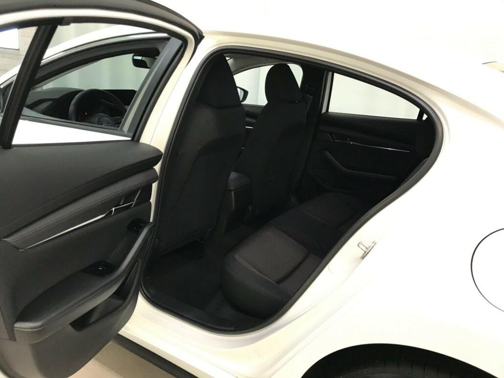 MAZDA 3 Sedan 2,0 M Hybrid Skyactiv-X Vision Plus