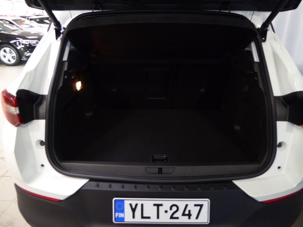 OPEL GRANDLAND X PHEV Executive 300 Turbo A8 AWD *Rahoitustarjous 0% korolla+kulut*