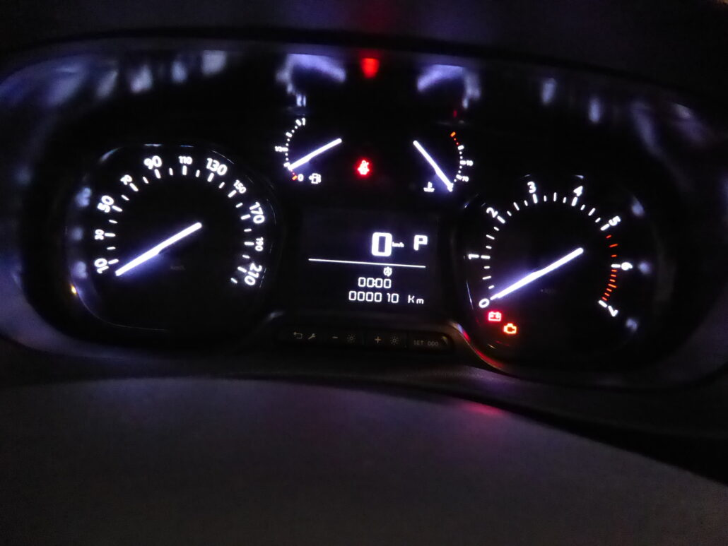 OPEL VIVARO Van Comfort L 180 D Turbo A S/S  *Rahoitustarjous 0% korolla+kulut*