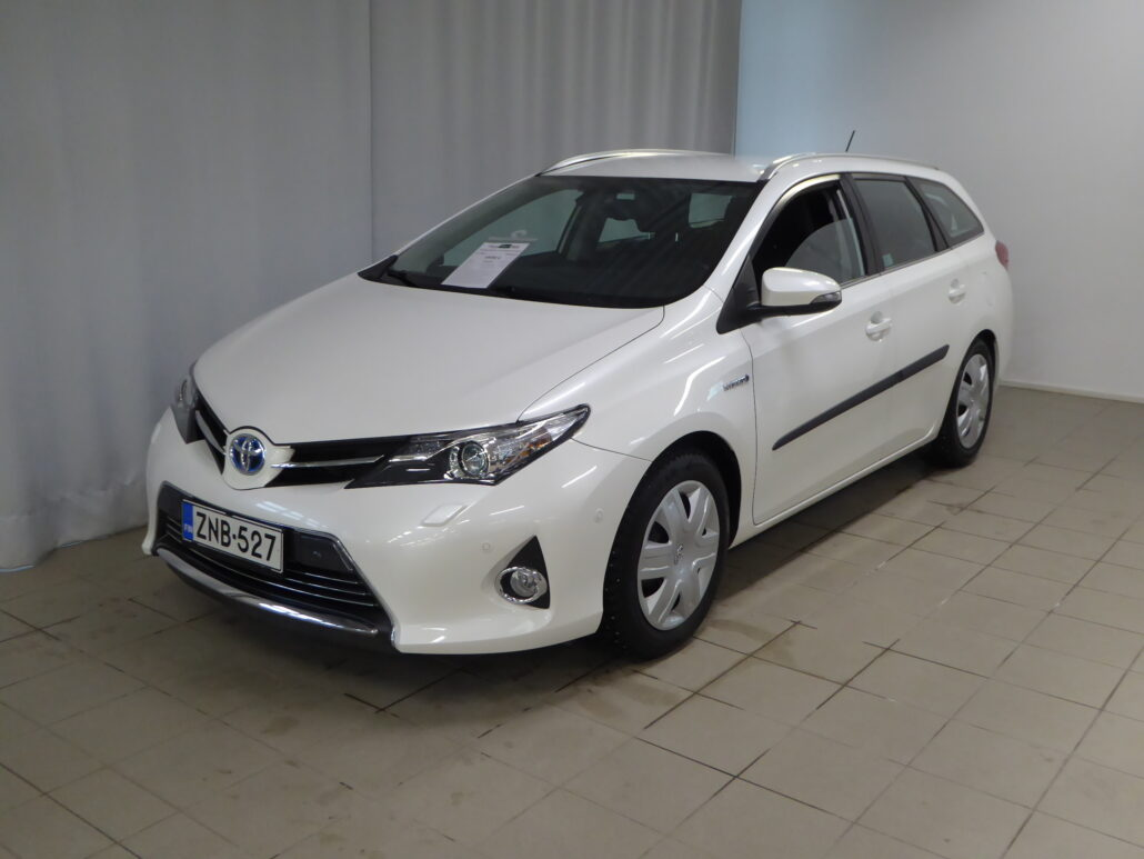 TOYOTA AURIS Touring Sports 1,8 Hybrid Active A