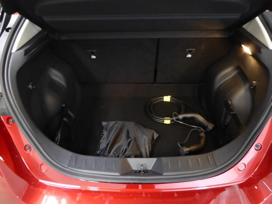 NISSAN LEAF N-Connecta MY20 40 kWh LED FI