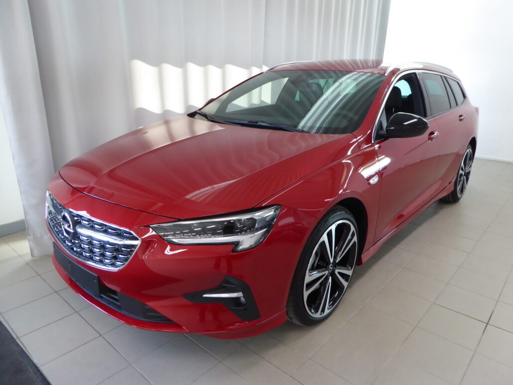 OPEL INSIGNIA Sports Tourer Executive GS 200 T A