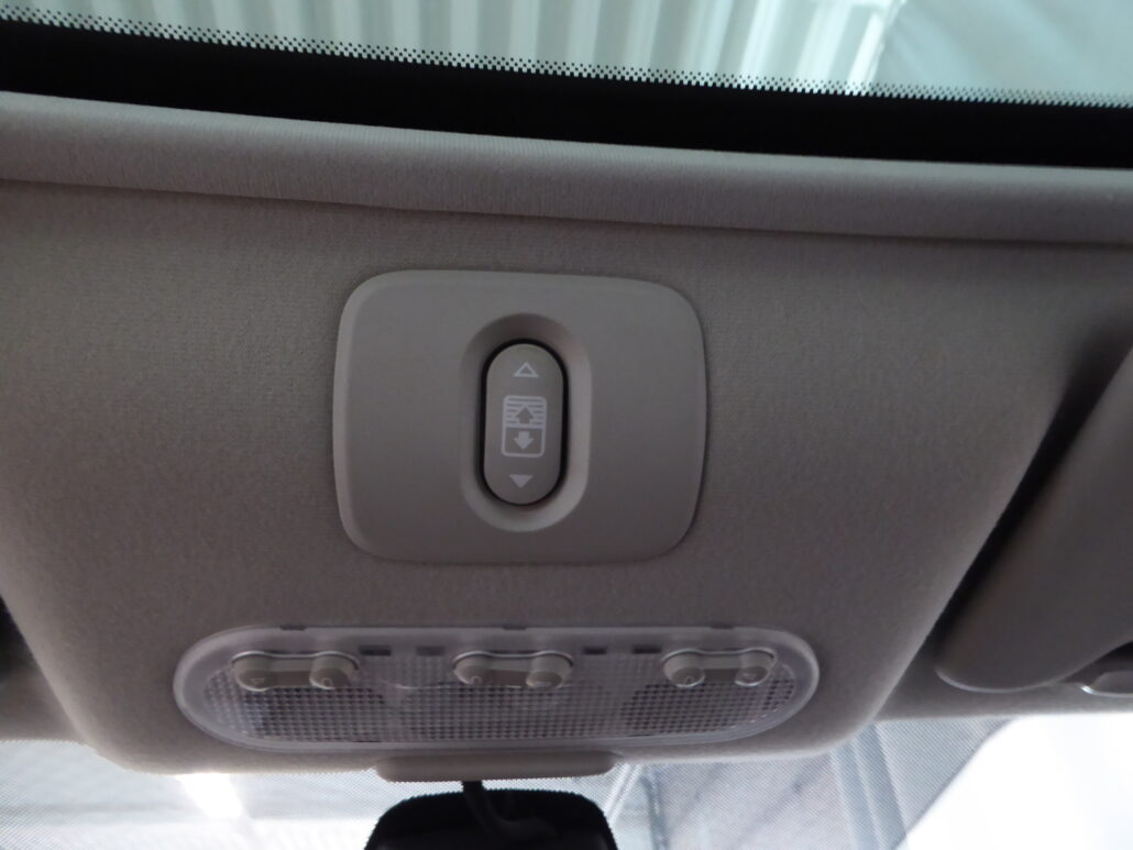 NISSAN QASHQAI+2 2.0dCi DPF Acenta 4WD A Connect